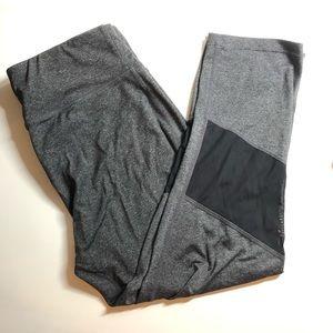 CALVIN KLEIN - workout leggings - size M